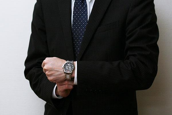 SWISS MILITARY クラシック 男性着用イメージ