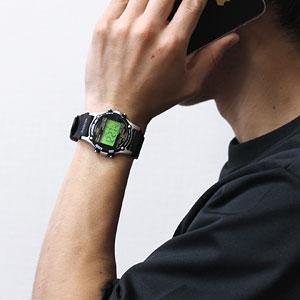 TIMEX タイメックス 腕時計 スタイリッシュ アトランティス 男性着用イメージ