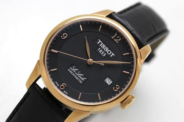 ピンクゴールドカラーが美しい腕時計