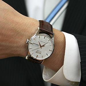 TISSOT 腕時計正美堂男性スタッフ着用