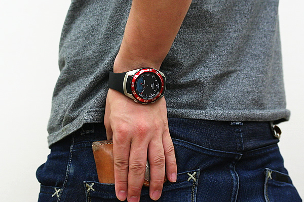 TISSOT ティソ セーリングタッチ 腕時計 正美堂男性スタッフ着用