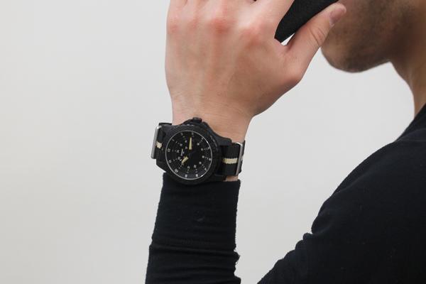 トレーサー腕時計 正美堂 男性スタッフ着用イメージ3
