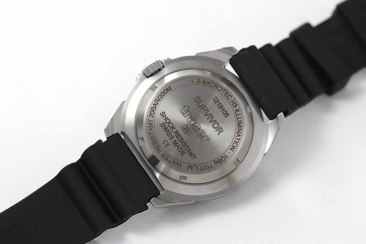 トレーサー腕時計 裏蓋