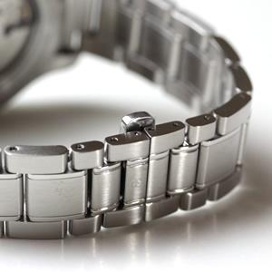VICTORINOX ビクトリノックス 腕時計ステンレスべ宇土バタフライバックル