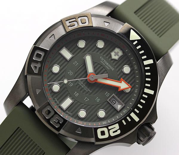 VICTORINOX SWISS ARMY DIVEMASTER 500 カーキグリーン ダイブマスター500 241560