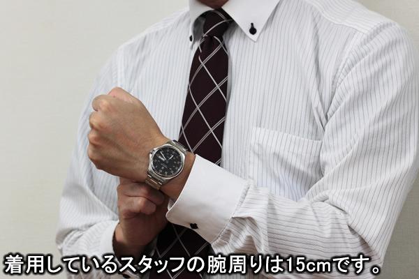 VICTORINOX ビクトリノックス 241591−1 腕時計 正美堂 男性スタッフ着用画像