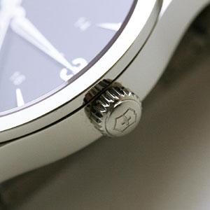 ビクトリノックス スイスアーミー 時計 大きさ