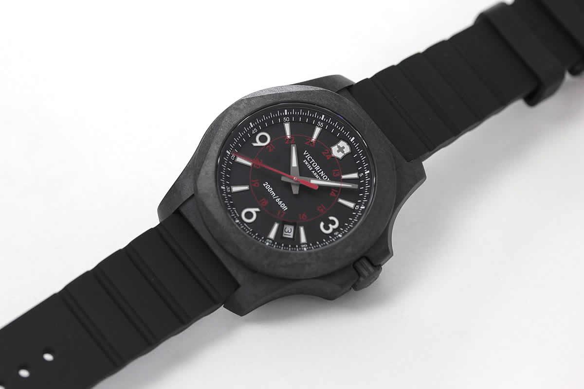 ビクトリノックス アウトドア 時計
