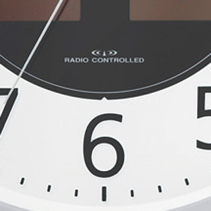 CITIZEN シチズン ソーラー電波掛け時計エコモードM818【4MY818-019】 文字盤