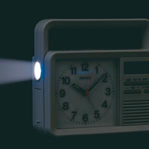 SEIKO セイコー 防災クロック目覚まし時計 【KR885N】 懐中電灯