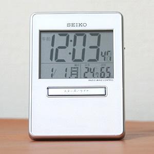 SEIKO/セイコー 電波デジタル式アラームトラベラ- 【SQ699W】 正面