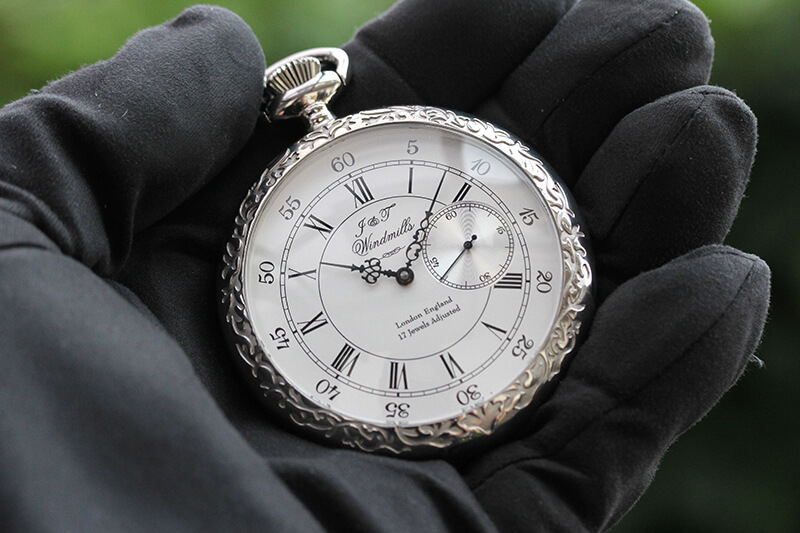 数量限定5個のみ。アンティーク調の美しい ウインドミルズ windmills 懐中時計 wgp1000121